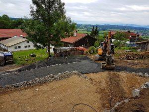 Auch der Aushub von Baugruben ist kein Problem für uns